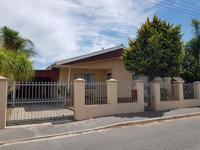 Property For Sale in Glen Lilly - Parow West, Parow