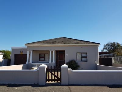 Property For Sale in Glenlily - Parow West, Parow